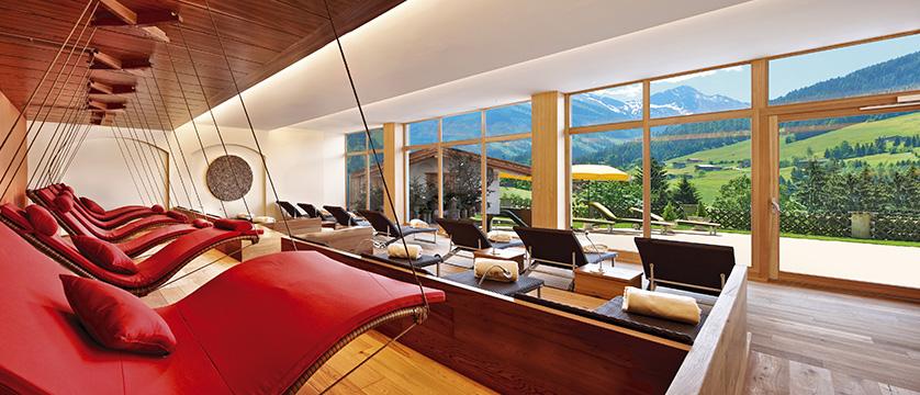 Hotel Alpbacherhof, Alpebach, Austria - spa lounge and relaxation area.jpg